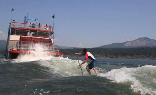 VIDEO – Dan Gavere SUP behind a Sternwheeler!