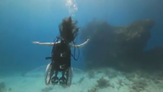 Sue Austin: Deep sea diving  in a wheelchair