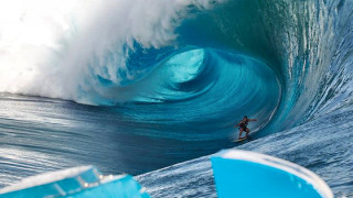 Tahiti – Wave of the day Koa Rothman