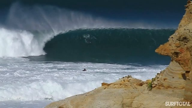 [SURF] Supertubos Peniche Turns on