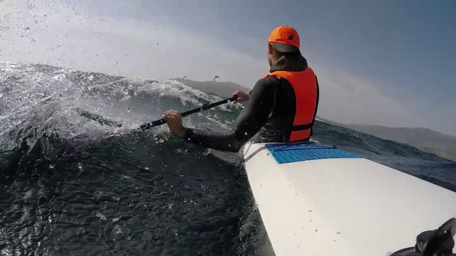 How to surf small waves downwind like a boss without paddling