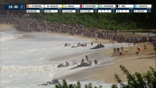 Controlled Chaos: Jet Skis Run for Cover