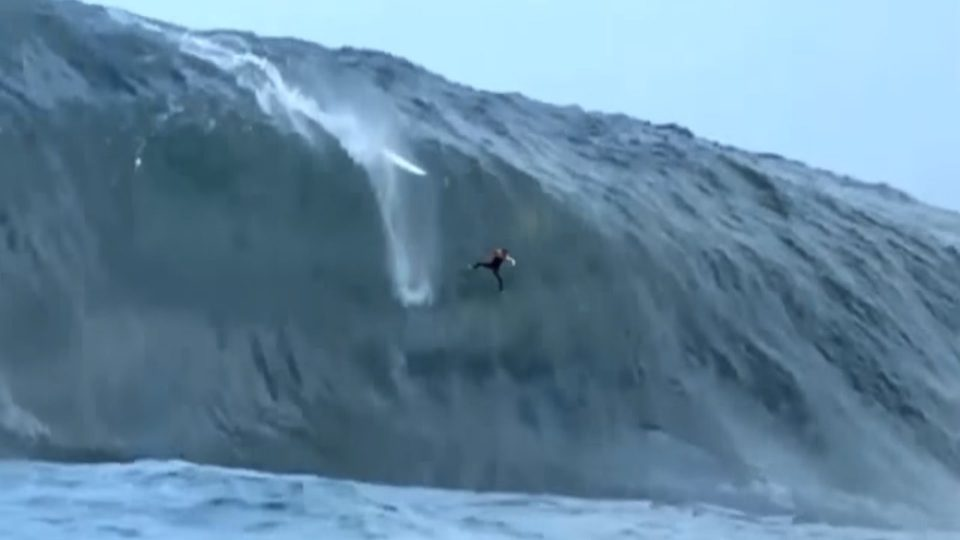 Worst Surfing Wipeouts Ever (Part 1)