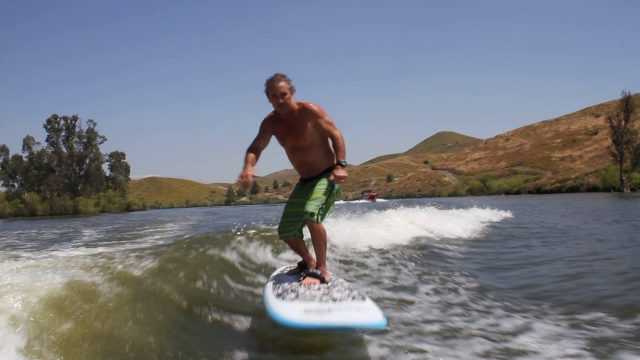 """Ron """"Air Boom"""" Stack wake foiling on a SUP"""