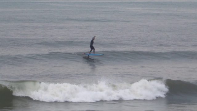 SUP TOMO/STARBOARD SUP HydroFoil surfing on small waves