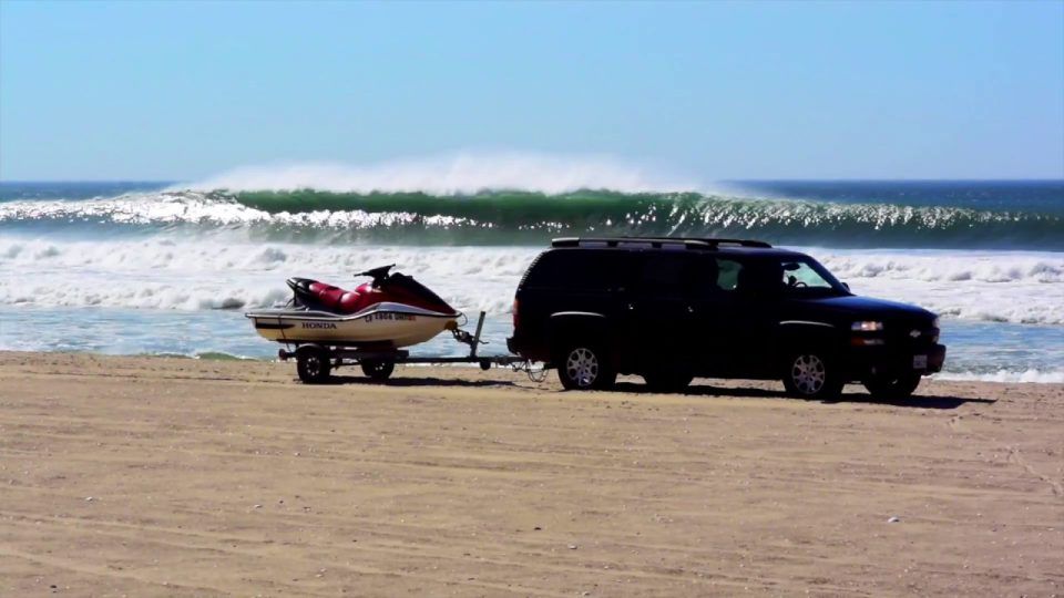 Huge, Flawless Surf In Baja Mexico Amidst the Election Blues  – The Inertia