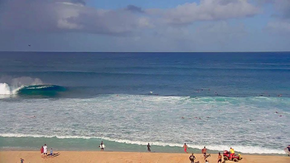 Dusty Payne Rescue at Pipeline